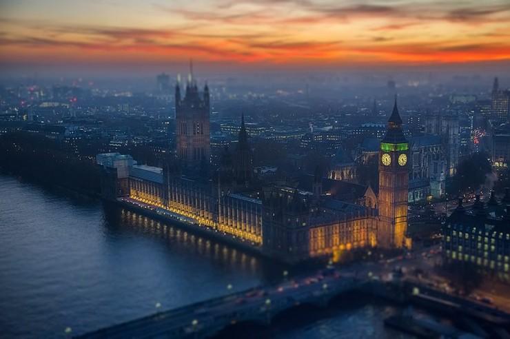 London-Big-Ben-Westminster-Palace-Sunset-Cityscape-Tilt-shift.jpg
