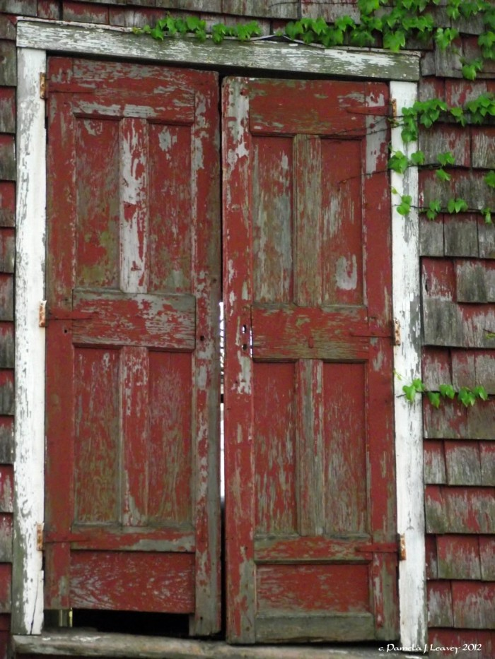 old-red-barn-doors