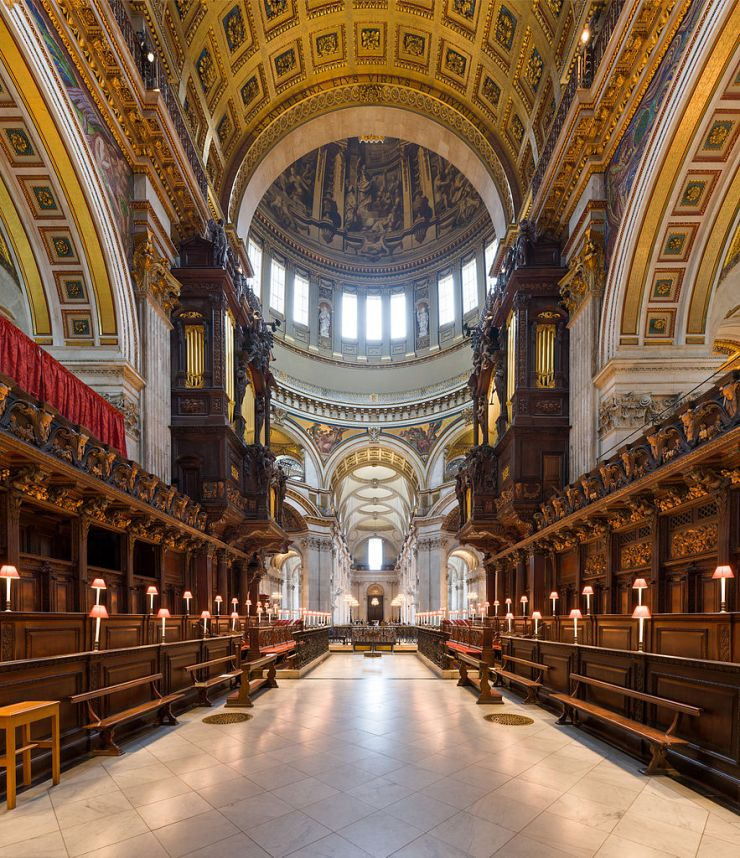 St_Paul's_Cathedral_Choir_looking_west,_London,_UK_-_Diliff