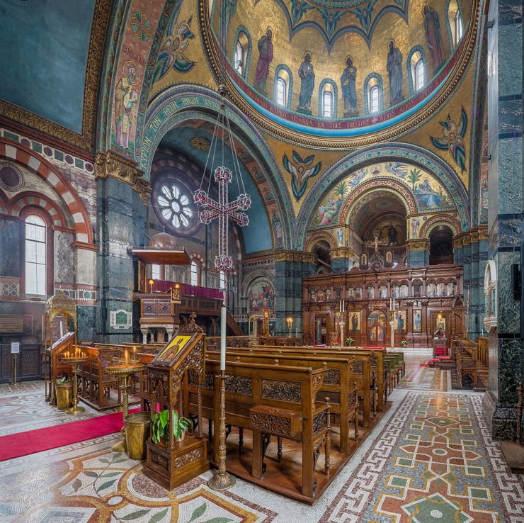 St_Sophia's_Greek_Orthodox_Cathedral_Interior_1,_London,_UK_-_Diliff