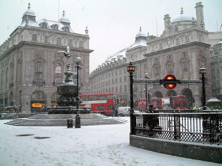 snow-in-london.jpg